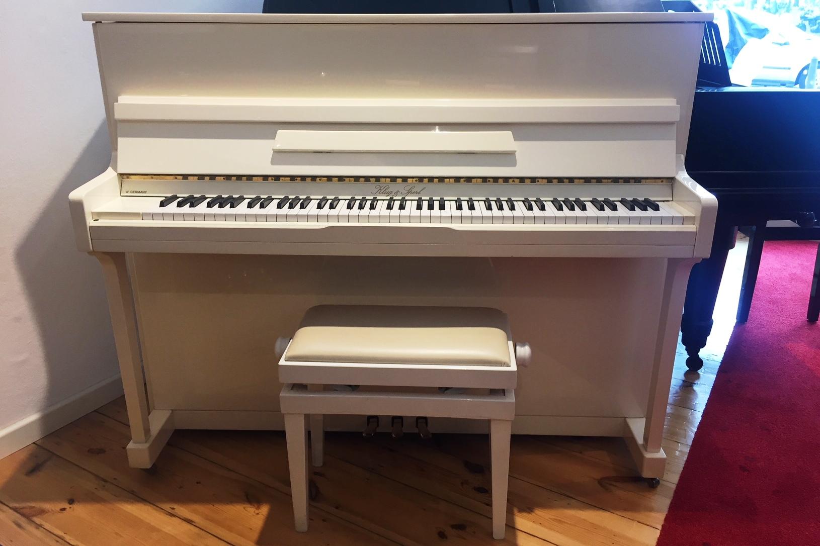 gebrauchte fl gel und klavier berlin pianohaus stieler. Black Bedroom Furniture Sets. Home Design Ideas
